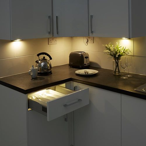 under-cabinet-lighting-all-cat-1.jpg